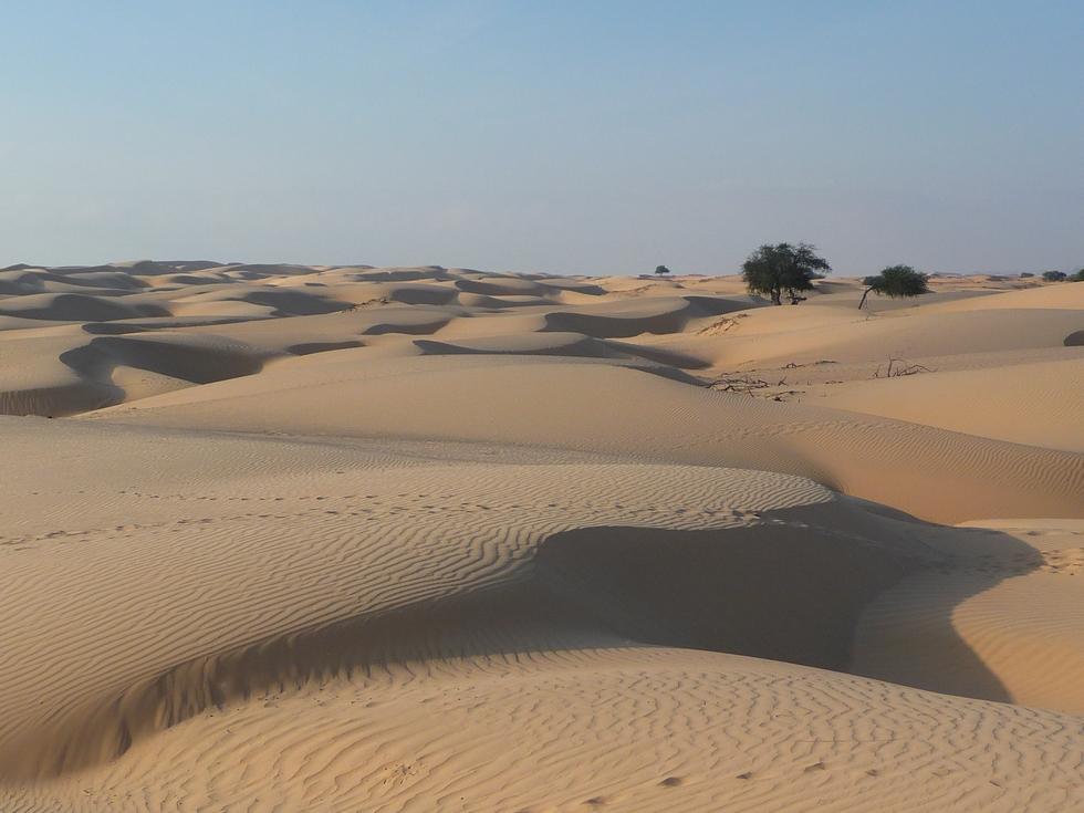 approche-desert blanc-khaluf-decouverte-oman