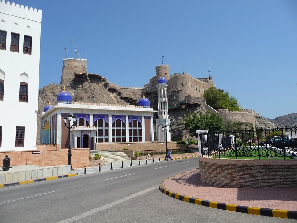 mascate-mosquee-khor-fort-mirani-decouverte-oman-michel-bessone