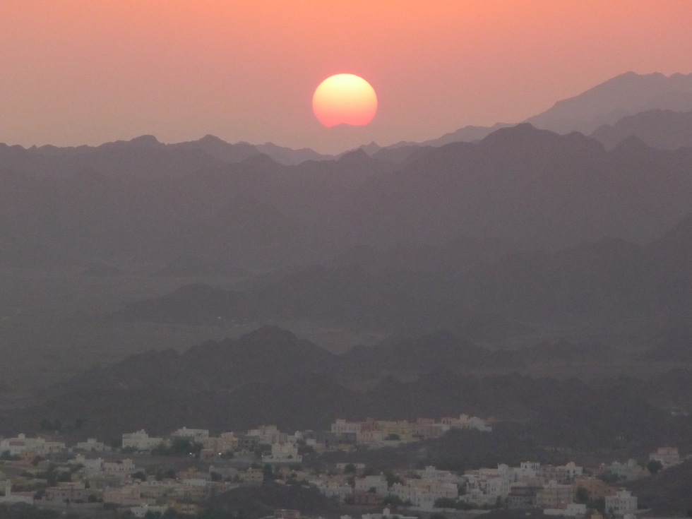 Sultanat d'Oman. Coucher de soleil à Nizwa.