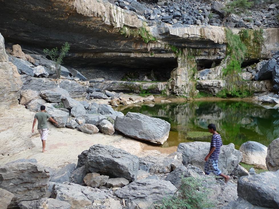 plan-d-eau-sab-bani-khamis-decouverte-oman