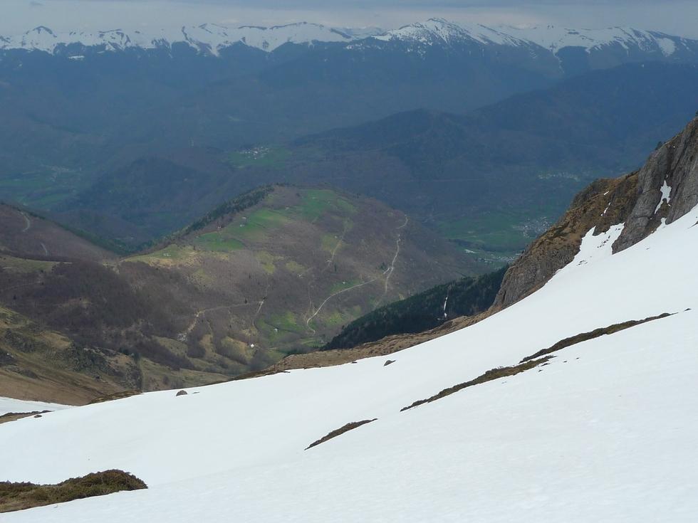 vue vers la vallee d aure-coume de la maoube-raquettes