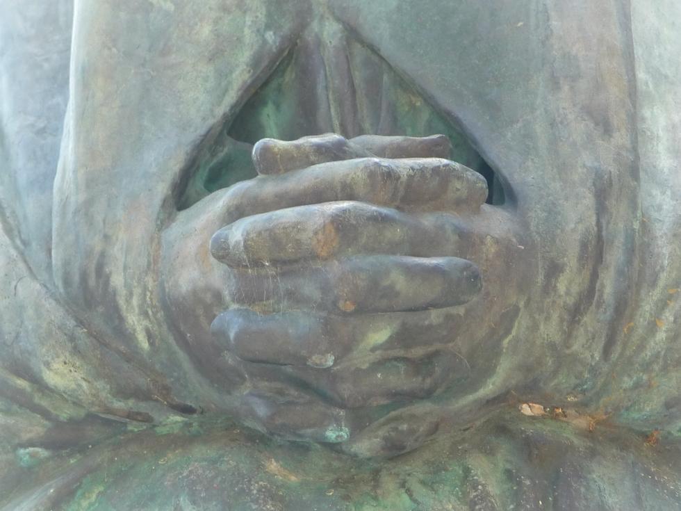 mains-statue-campan-grande guerre