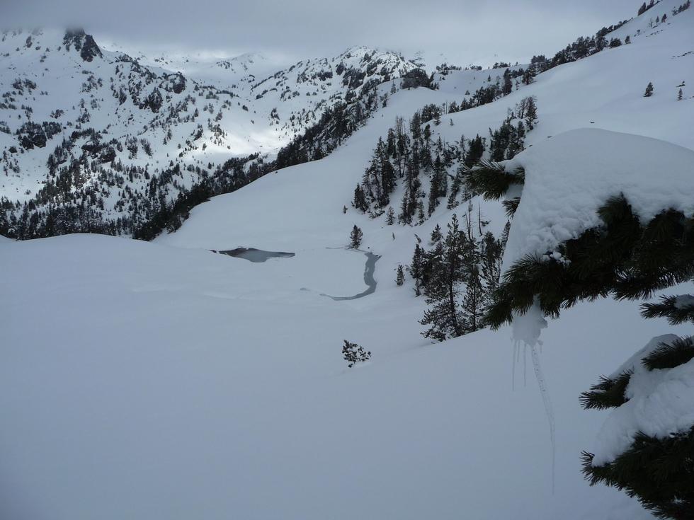lac inferieur-bastanet-raquettes-massif du neouvielle-pentecote