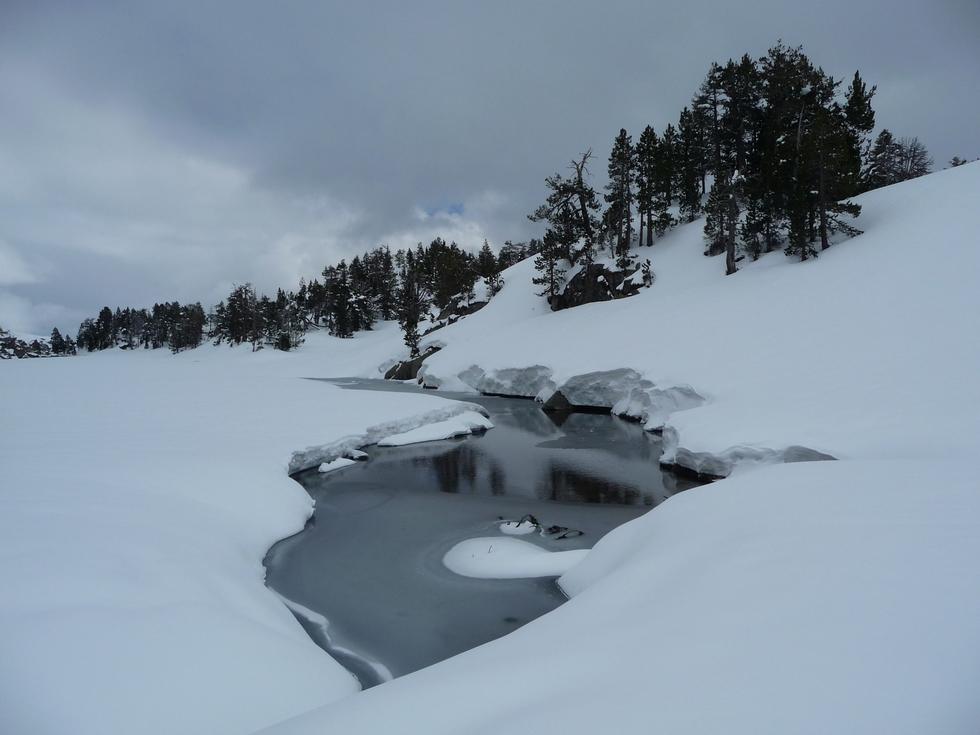 amont-lac de l ours-estibere-raquettes-massif du neouvielle-pentecote