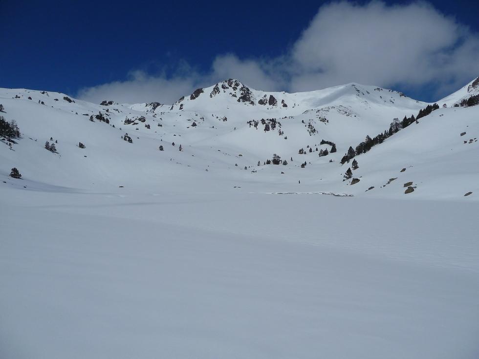 lac-gourguet-raquettes-massif du neouvielle-pentecote
