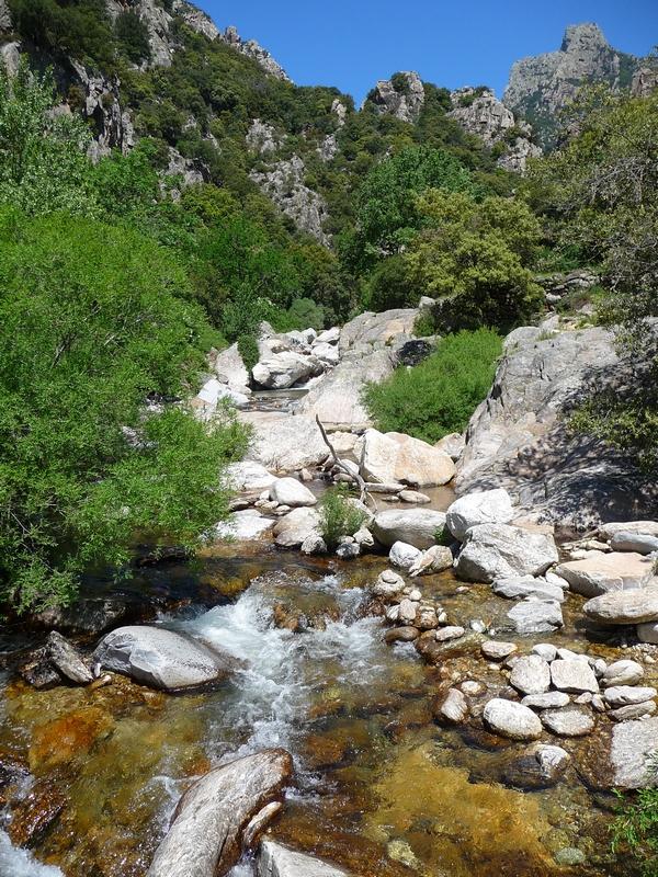 ruisseau-heric-caroux-escalade-robert le diable
