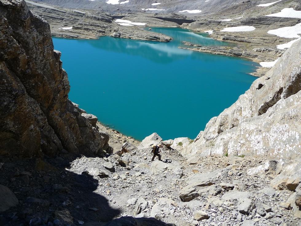 derniers-metres-avant-breche-lac-glace-breche-tuquerouye