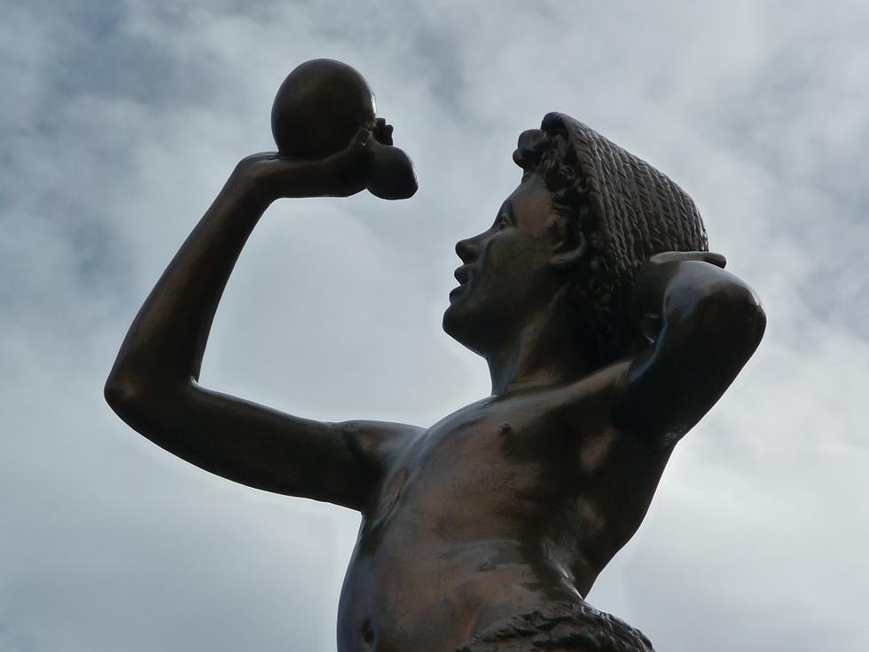 statue-corneilla-de-conflent-retour-collioure