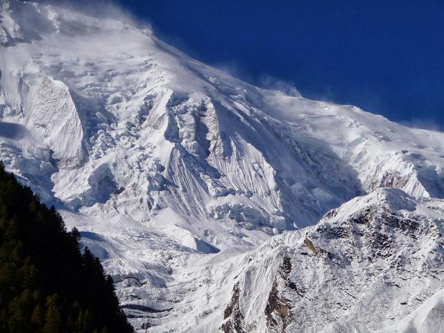haute-montagne-tout-proche-tour-des-annapurnas-nepal