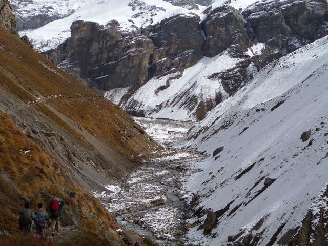 bien-rester-sur-la-sente-tour-des-annapurnas-nepal