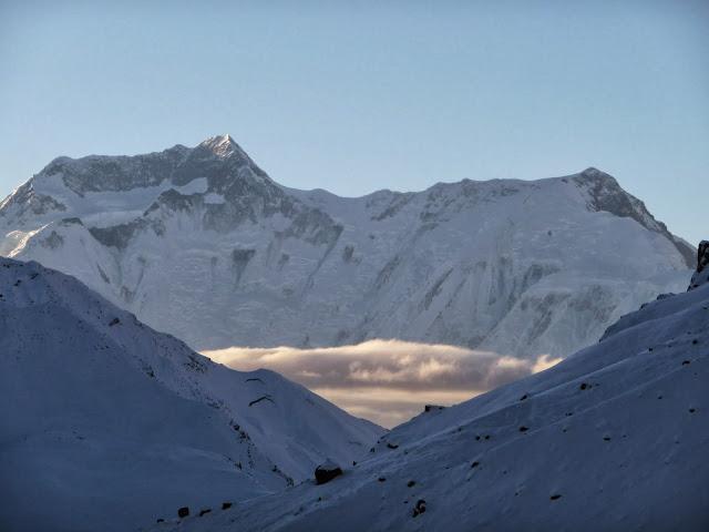 massif-annapurnas-tour-des-annapurnas-nepal