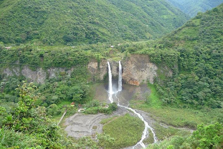 chutes-d-eau-banos-equateur