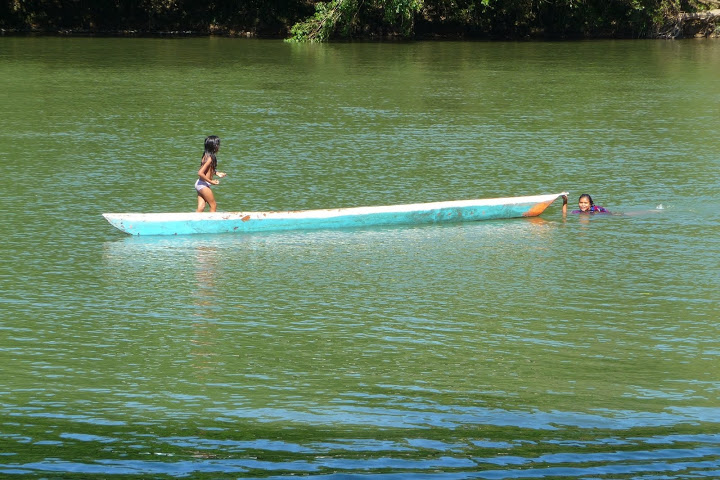pirogue-rio-napo-equateur