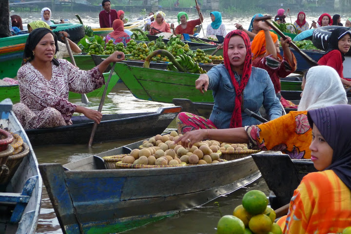 marche-flottant-banjarmasin-voyage-indonesie