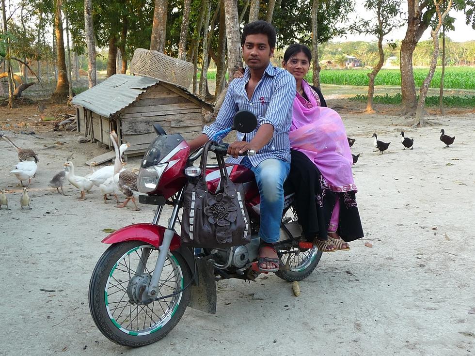 rubel-et-kanok-son-epouse-bangladesh-voyage-d-exception