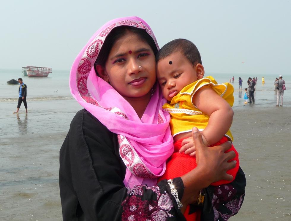 kanok-et-adnan-bangladesh-chez-des-amis-voyage-d-exception