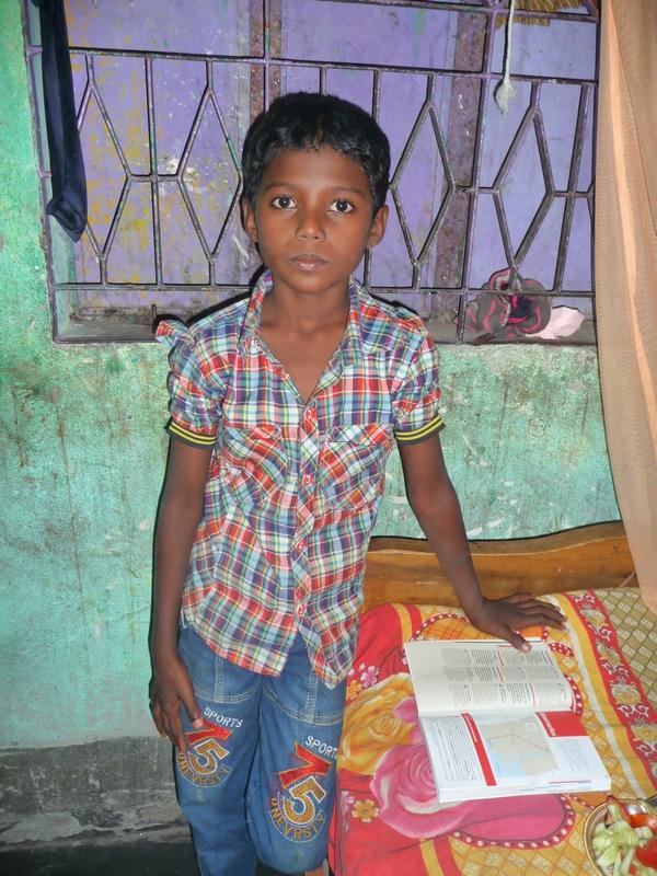 chomapto-ecolier-serieux-prometteur-bangladesh-chez-mes-amis-voyage-d-exceptionbangladesh