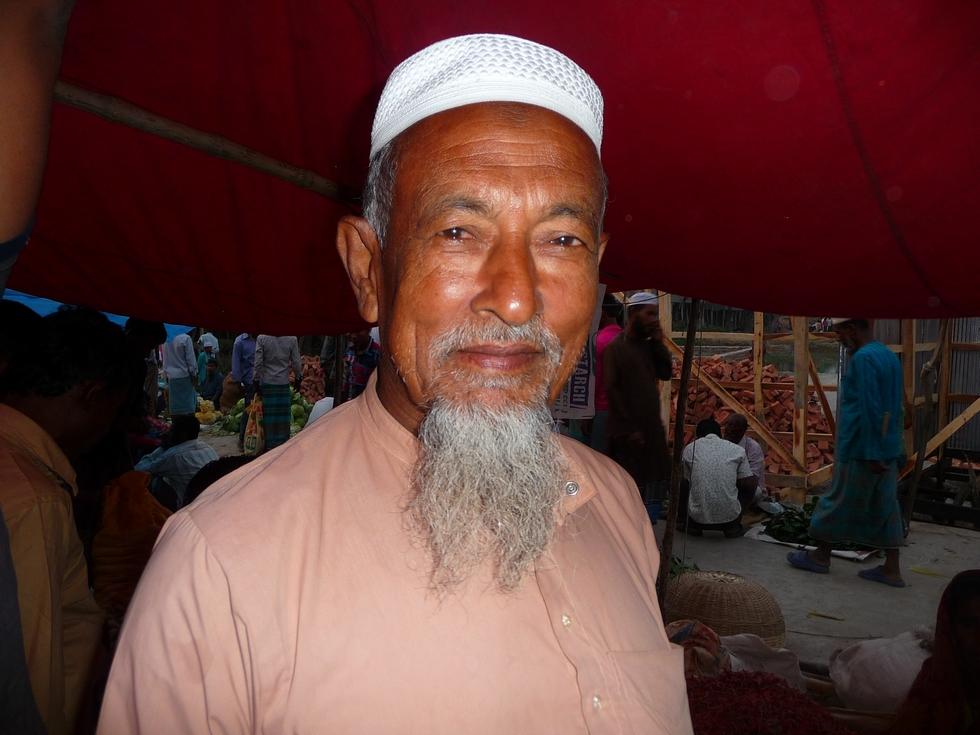 rashid-grand-pere-de-rubel-bangladesh-chez-mes-amis-voyage-d-exception