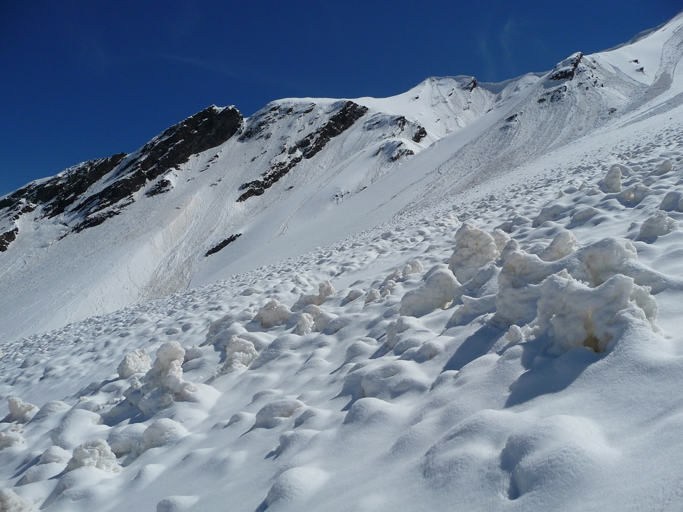 avalanches-vallon-hourquet-col-de-aiguillette