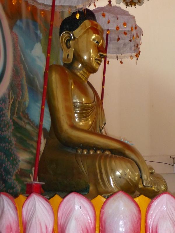 statue-bronze-bangladesh-chez-mes-amis-voyage-d-exception