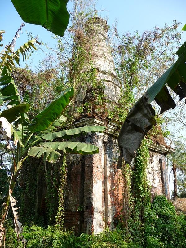 mysterieux-vestiges-bouddhistes-bangladesh-chez-mes-amis-voyage-d-exception