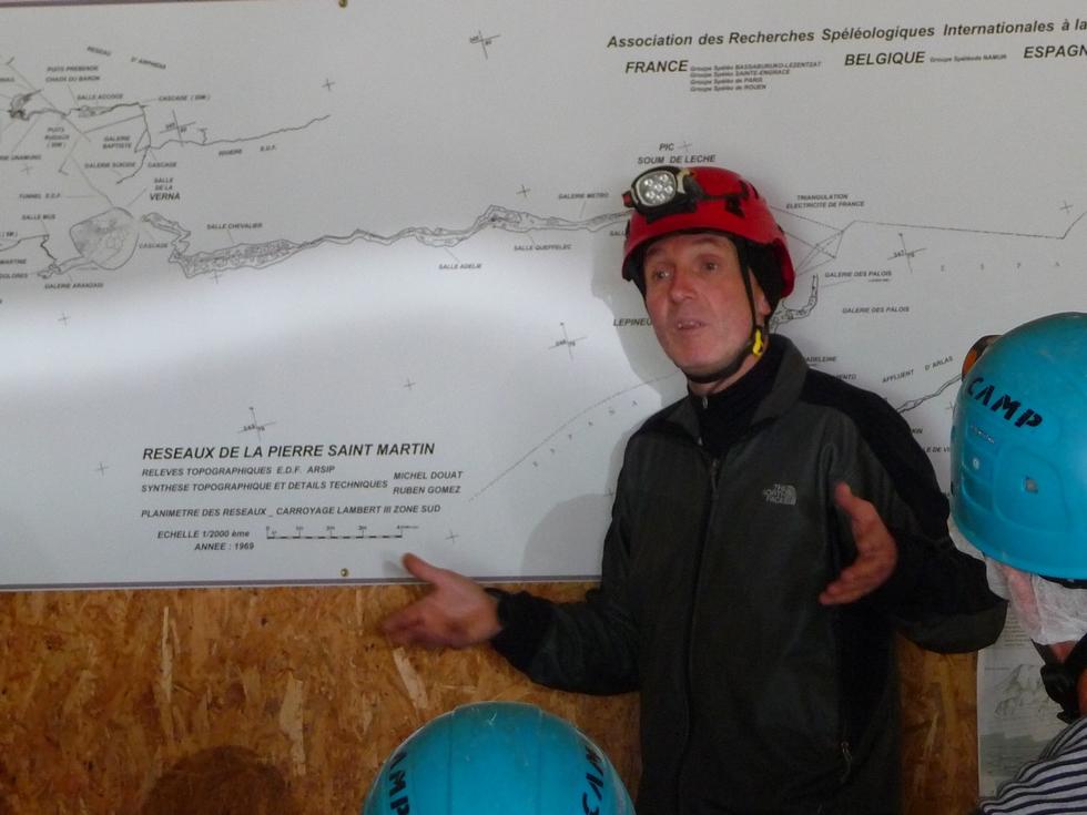 speleologue-jean-francois-godart-notre-guide-passionnant-elus-haute-vallee-aure-visitent-la-verna