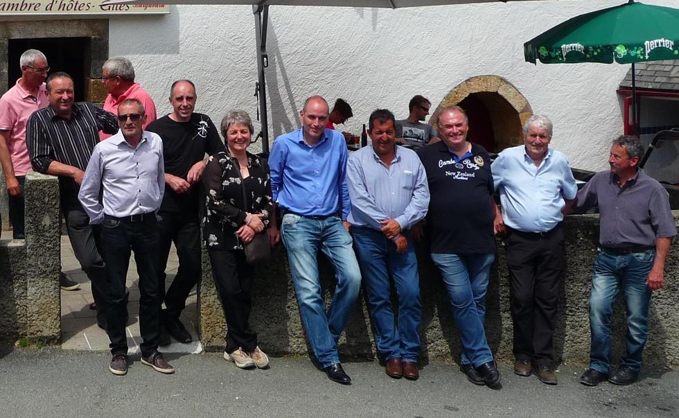 une-partie-groupe-elus-aurois-avec-representants-shem-elus-haute-vallee-aure-visitent-la-verna
