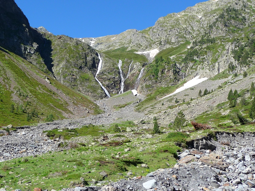 cascades-baricave-traversee-baricave-moudang