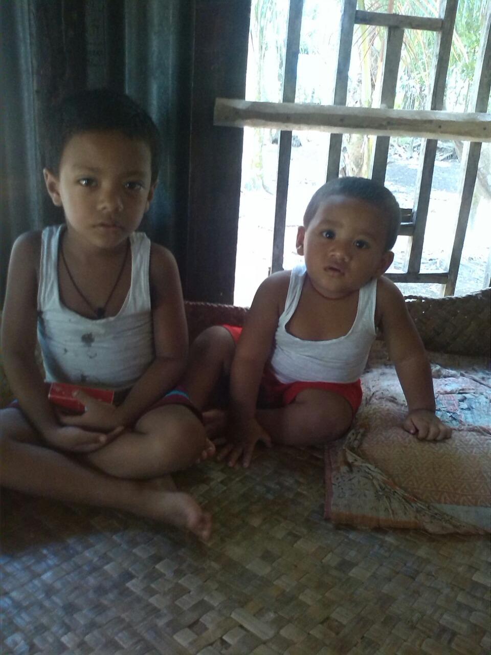 adnan-et-cousin-rifat-semaine-derniere-bangladesh-chez-mes-amis-voyage-d-exception