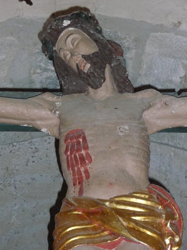 christ-en-croix-deux-eglises-monuments-historiques-etat-abandon