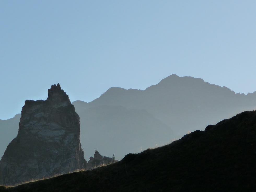 sommets-bachimale-cascade-minerale-rhodos-en-fleurs-toussaint-val-d-aube