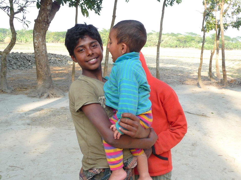 hassan-avec-adnan-bangladesh-second-travel-1