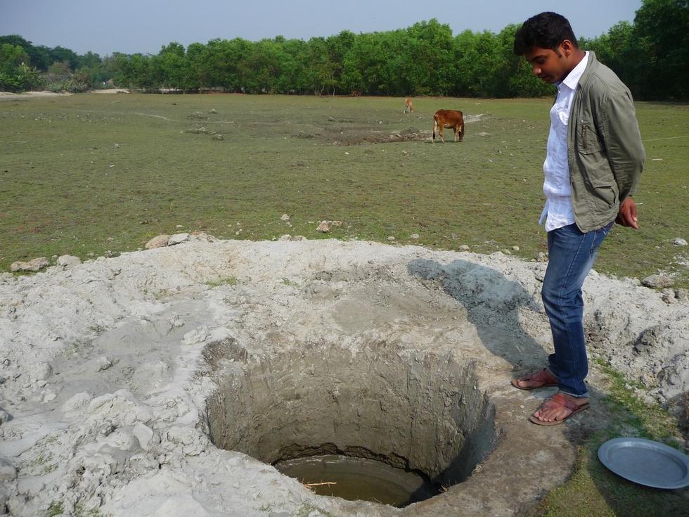 eau-un-peu-salee-mais-potable-et-buvable-j-ai-teste-elle-sert-surtout-pour-cuisiner-riz-bangladesh-second-travel-3