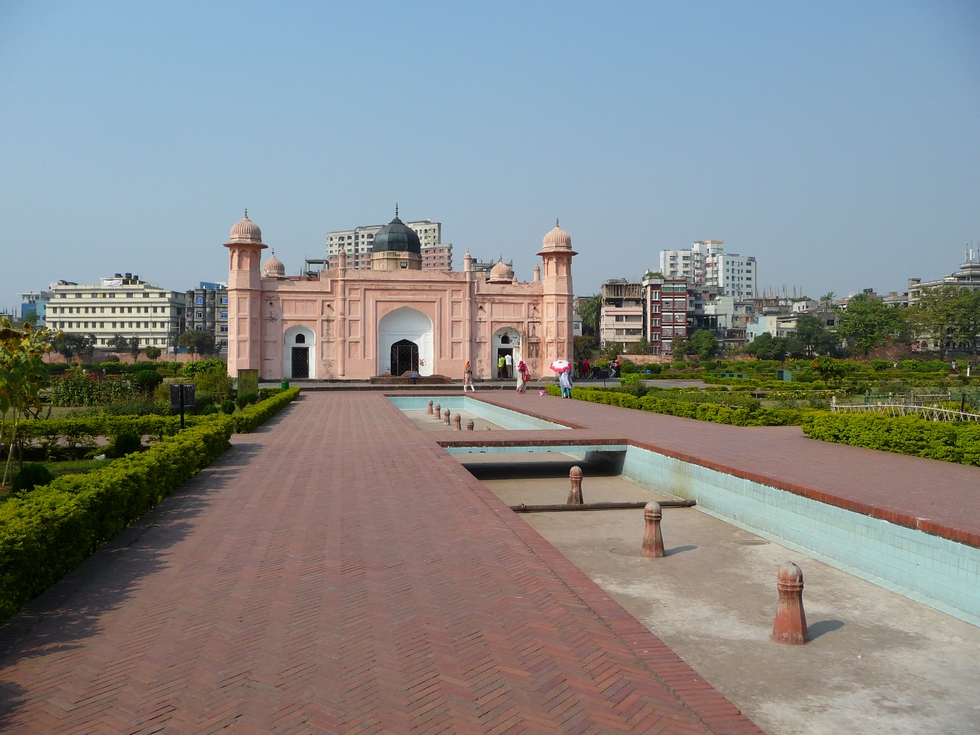 fort-lalbagh-mausolee-bibi-pari-bangladesh-second-travel-4