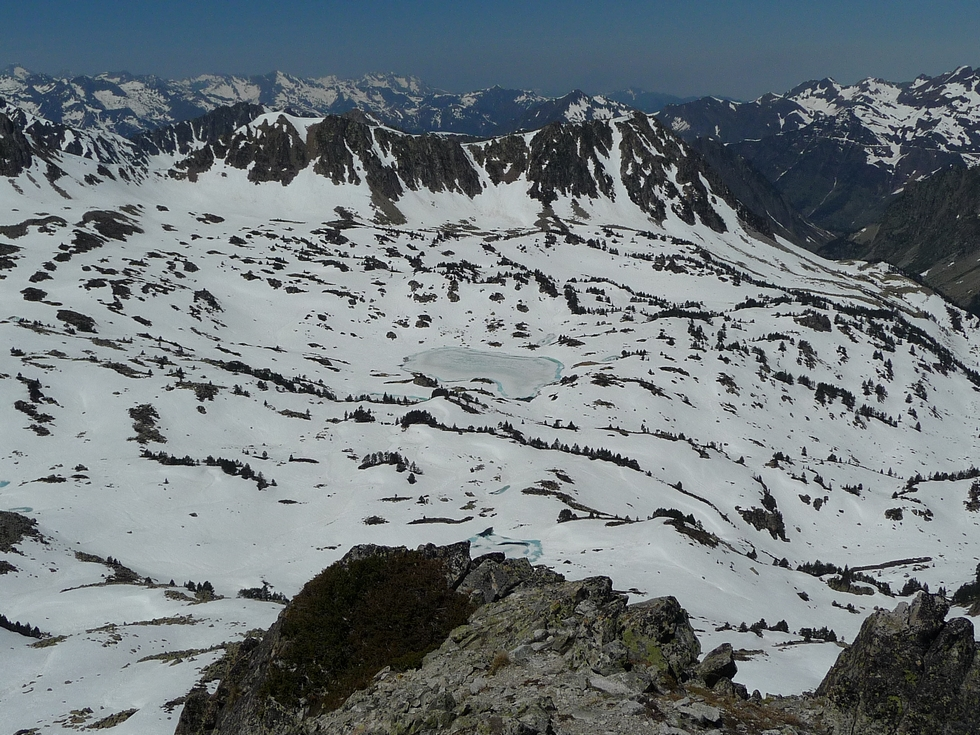au-sommet-madamete-vallon-aygues-cluses-pic-gourguet-par-vallons-gourguet-et-estibere-en-raquettes