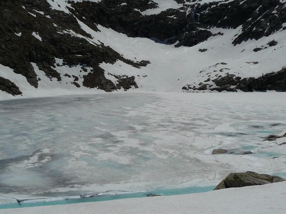 encore-beaucoup-de-glace-lacs-millares-ibon-millas-ibon-lenes