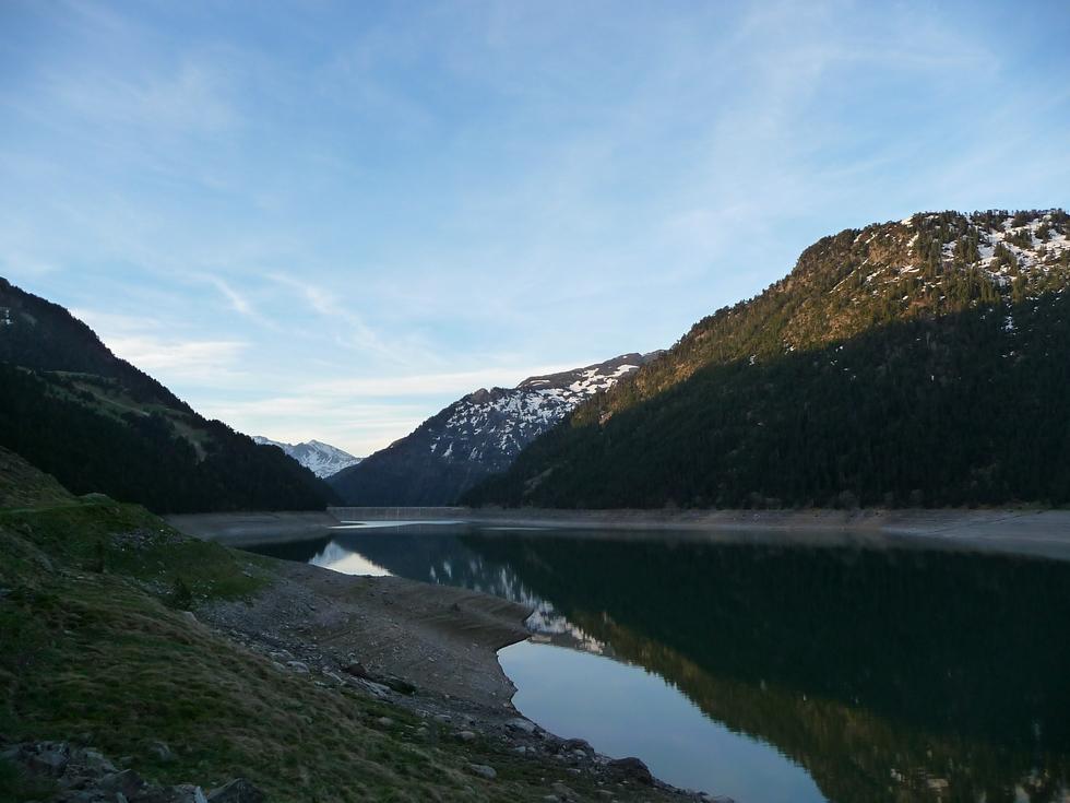 lac-oule-petit-matin-au-lac-port-bielh-canards-sauvages-raquettes-et-canicule