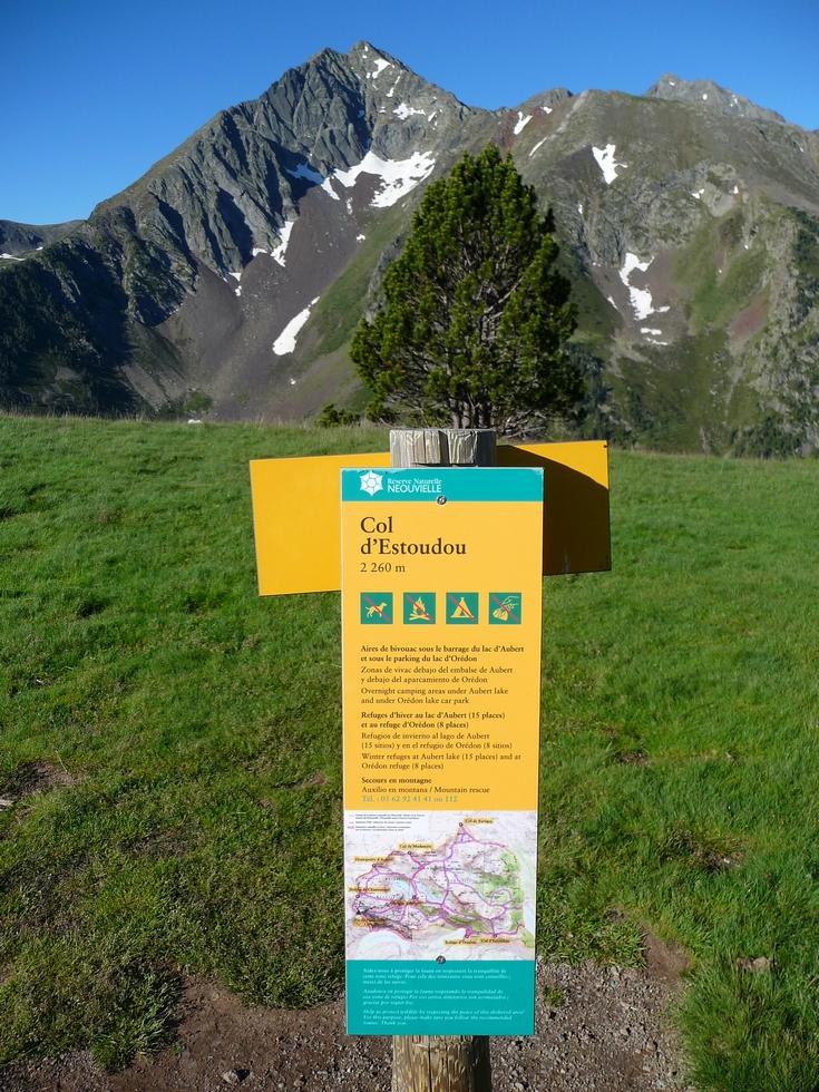 reserve-naturelle-neouvielle-panneau-col-estoudou-grosse-avalanche-cet-hiver-au-monpelat-3