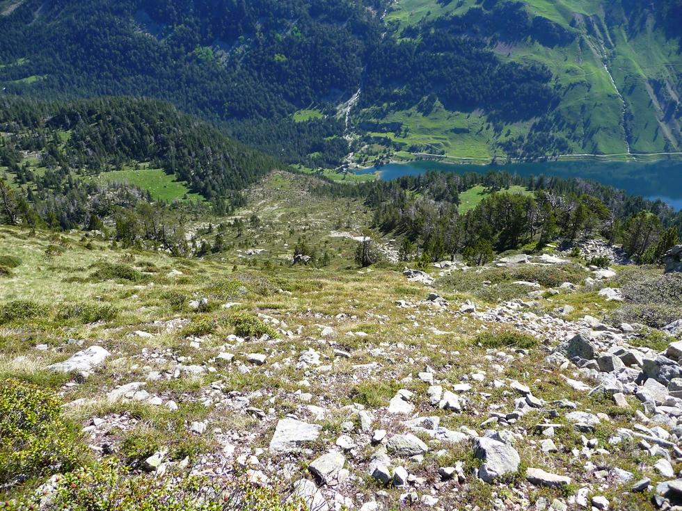 serie-photos-20-juin-2015-debut-descente-haut-versant-nord-est-grosse-avalanche-cet-hiver-au-monpelat-2