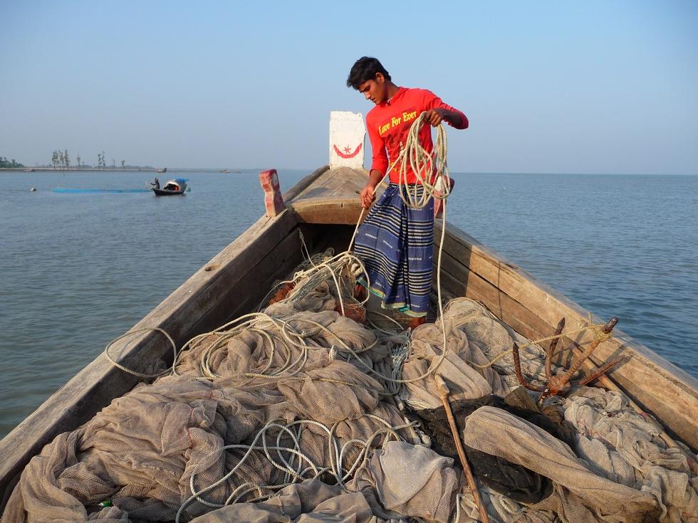 preparatifs-ancrage-tour-qui-est-reste-tres-sympa-se-termine-bangladesh-second-travel-5
