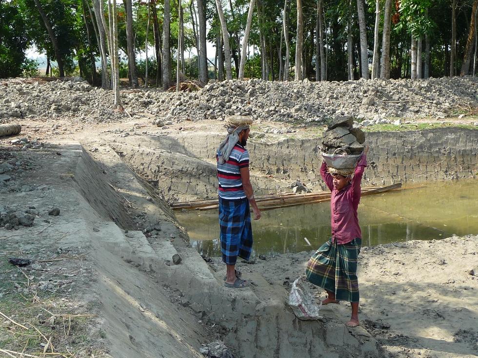 reyaz-rejoint-saluddin-bangladesh-second-travel-10