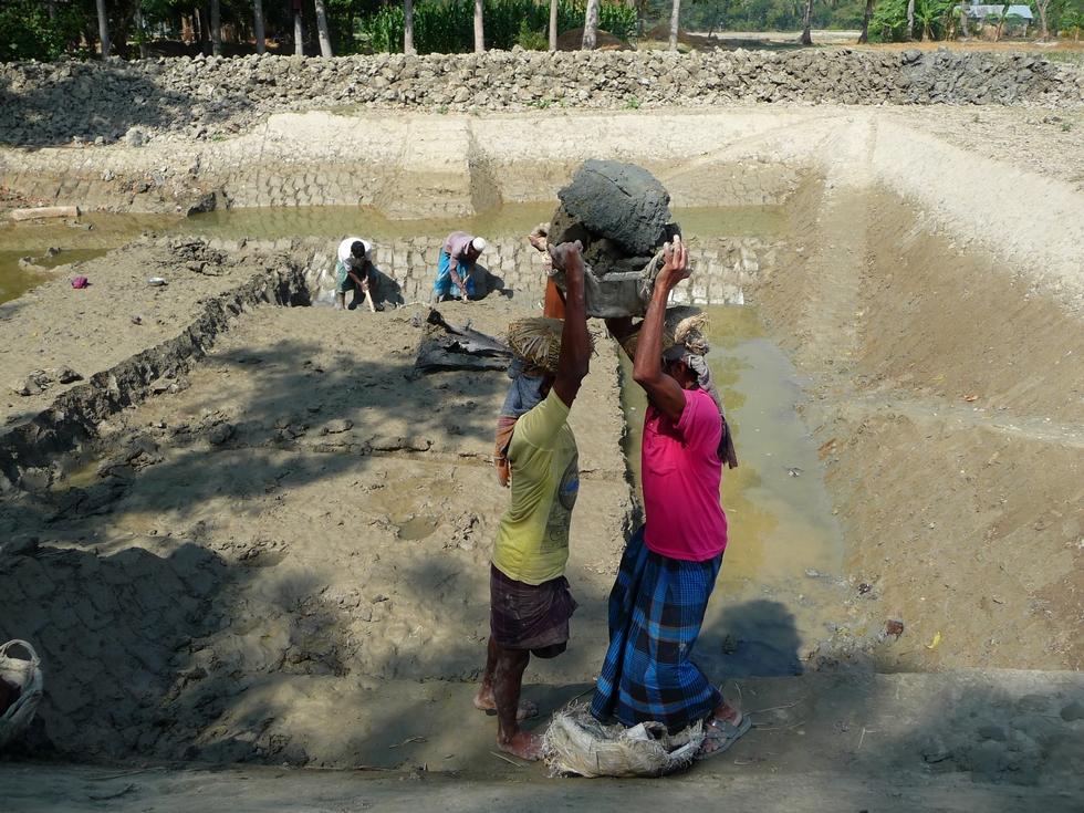 le-panier-plein-change-de-porteur-bangladesh-second-travel-10