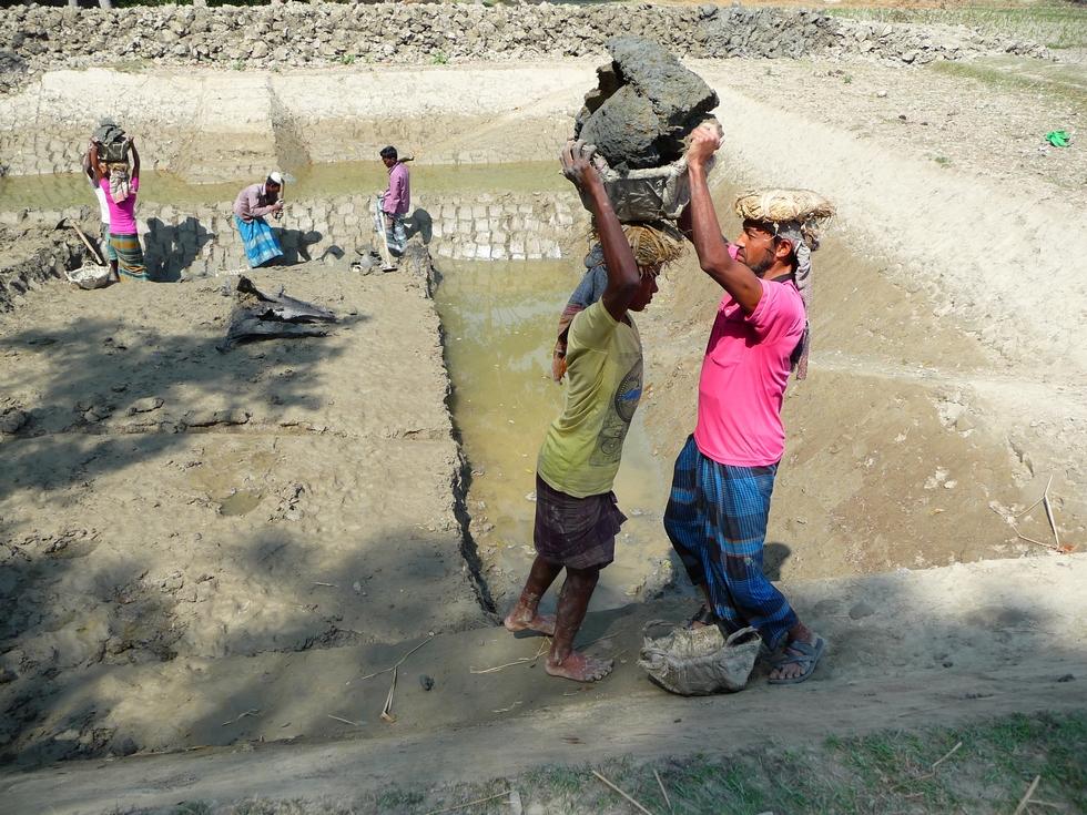 saluddin-en-particulier-vraie-force-de-la-nature-bangladesh-second-travel-10