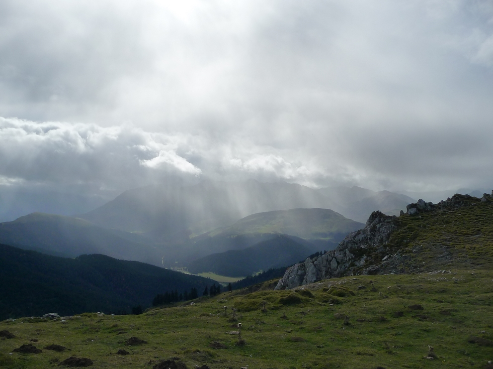 ondees-du-cote-arbizon-entre-vent-et-nuages-mise-en-jambes-esthetique-au-signal-bassia