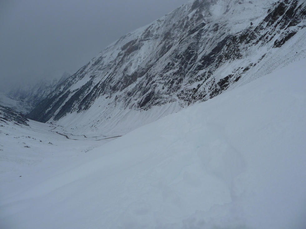 par-endroits-beaucoup-neige-23-novembre-on-rechausse-les-raquettes-en-vallee-aure