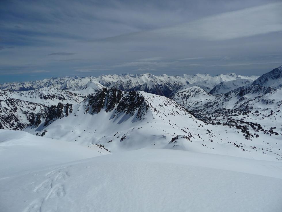 panorama-derriere-moi-en-arrivant-au-sommet-estibere-et-gourguet-2