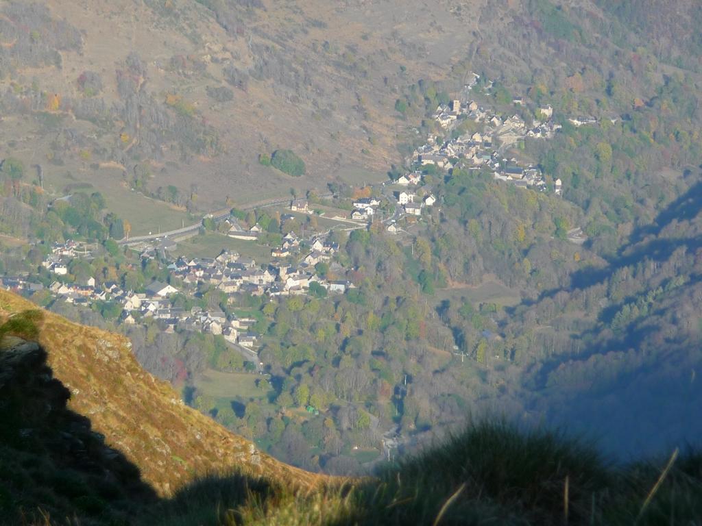villages-larboust-fin-apres-midi-au-cap-de-la-pene-de-soulit