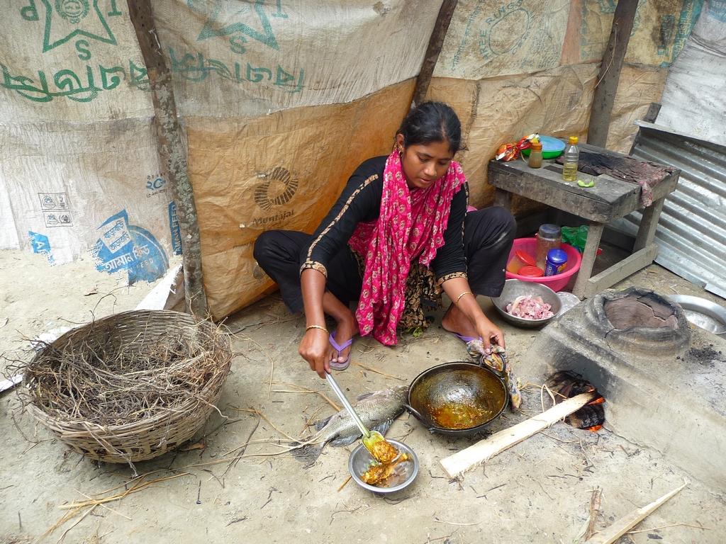 kanok-a-prepare-repas-un-nouveau-voyage-chez-mes-amis-bangladesh