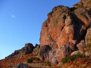 rochers-monne-rouye-les-laves-du-soir