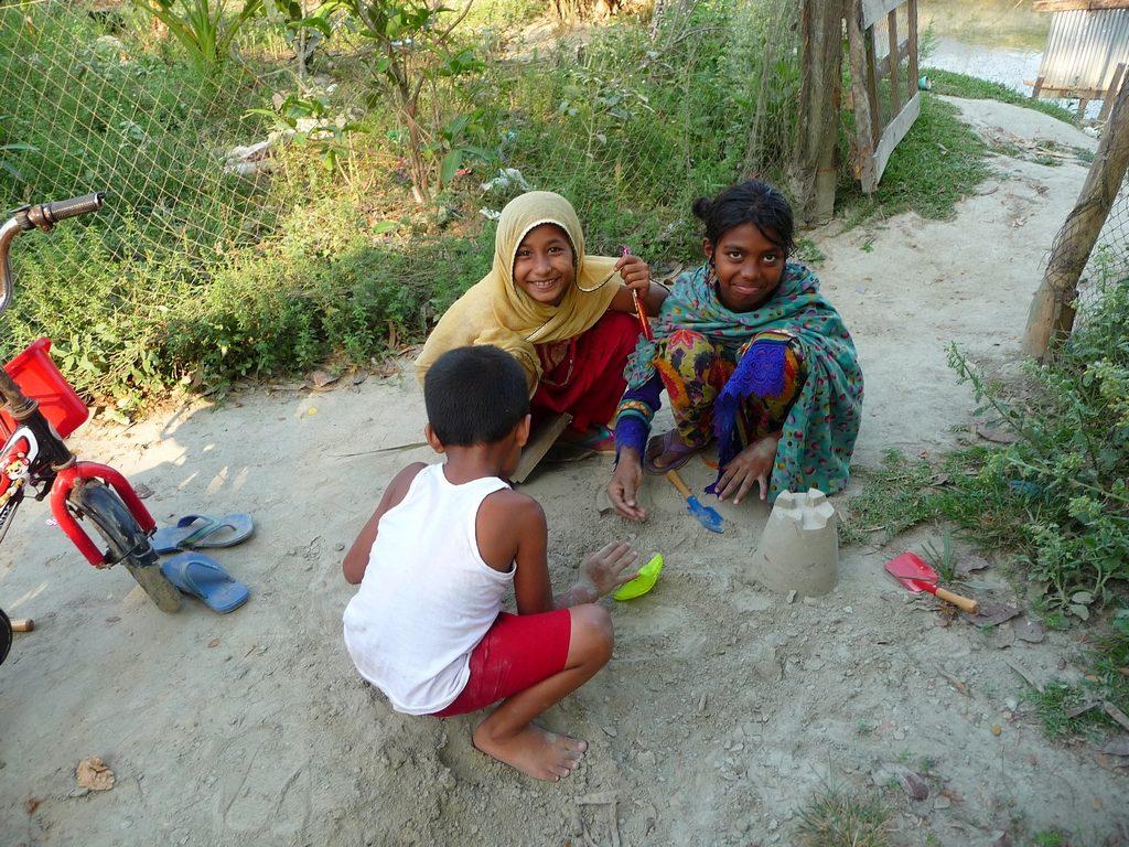 terre-argileuse-on-utilise-jeux-enfants